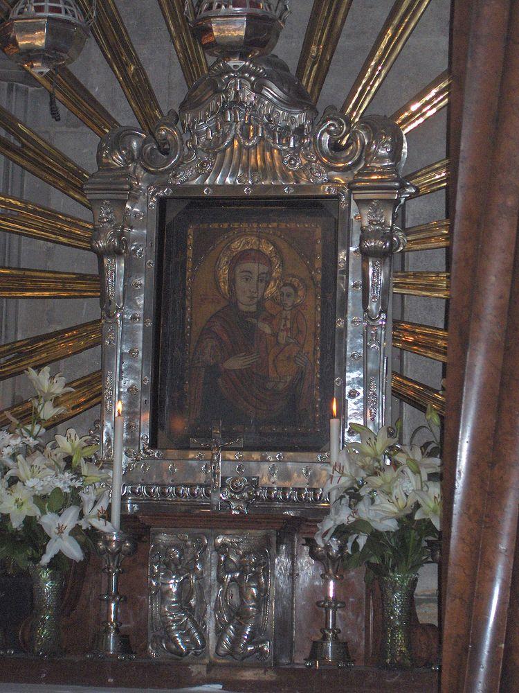 Пётчская мадонна, Собор Святого Стефана
