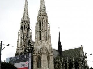 Вотивная церковь в Вене
