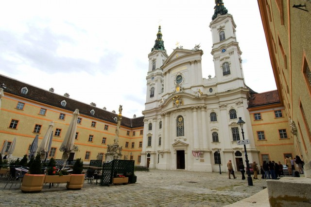 Церковь Пиаристов (Piaristenkirche Maria Treu)