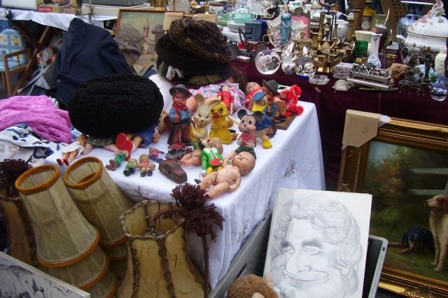 Блошиный рынок Flohmarkt