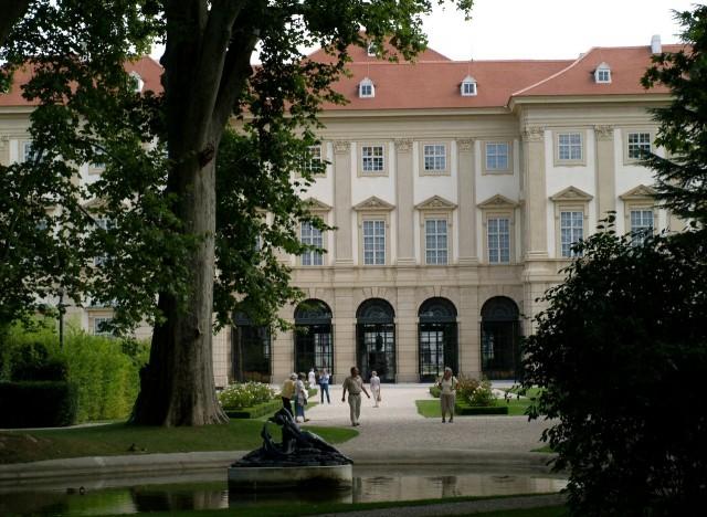 Загородный дворец Лихтенштейнов (Palais Liechtenstein)