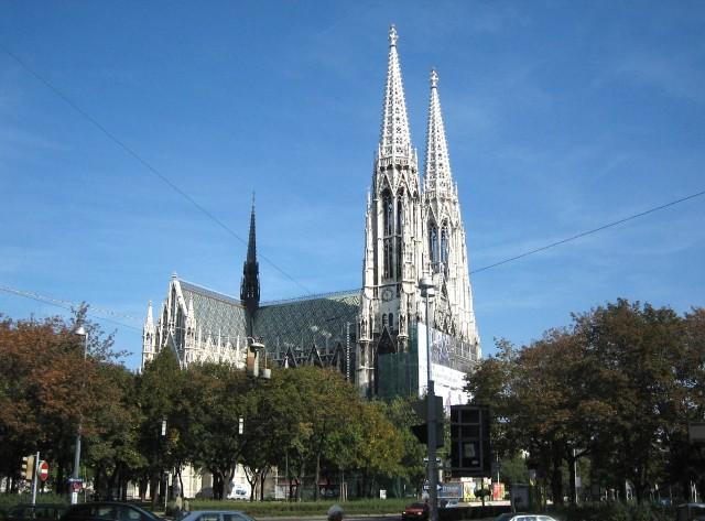 Обетная церковь (Votivkirche)
