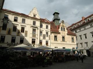 Глокеншпильплац (Площадь колокольного звона)