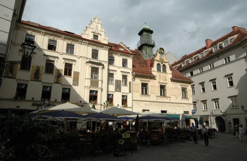 Площадь колокольного звона (Glockenspielplatz)