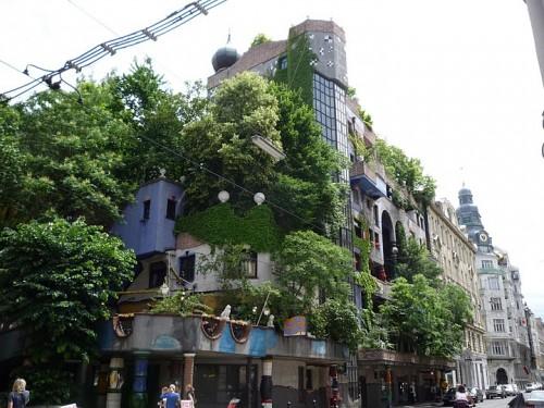 Дом Хундервассер (Hundertwasser Haus)