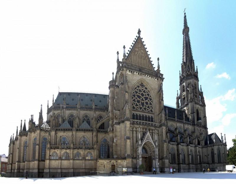 Собор Непорочного Зачатия Пресвятой Девы Марии (Maria-Empfängnis-Dom, Mariendom) или Новый собор (Neuer Dom)