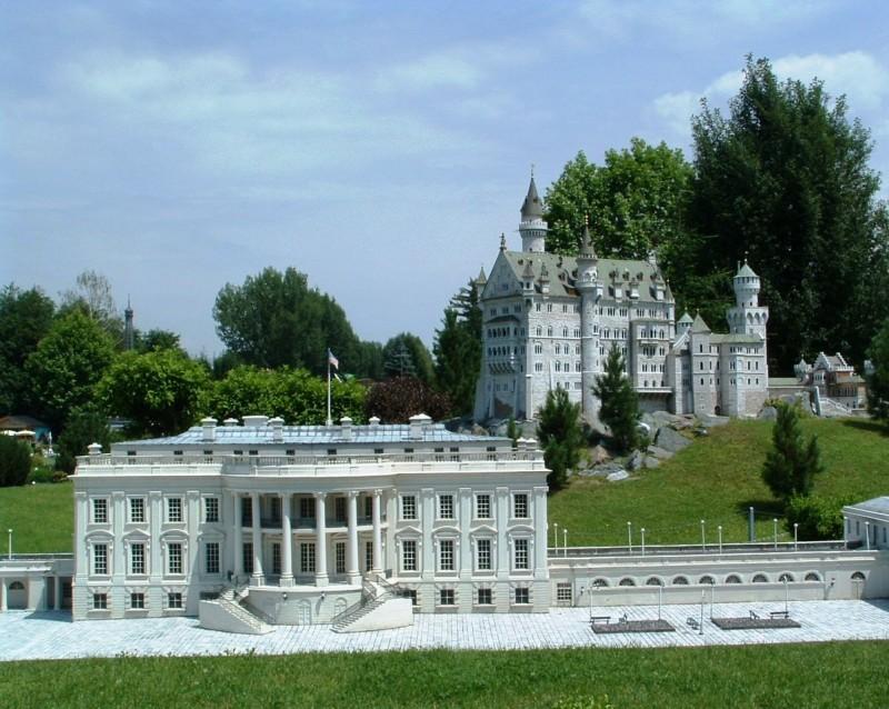 Музей миниатюрных мировых достопримечательностей «Минимундус» (Minimundus