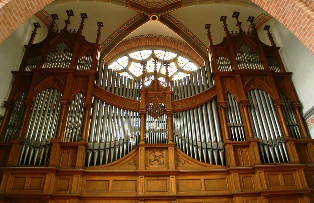 Орган в Herz-Jesu-Kirche