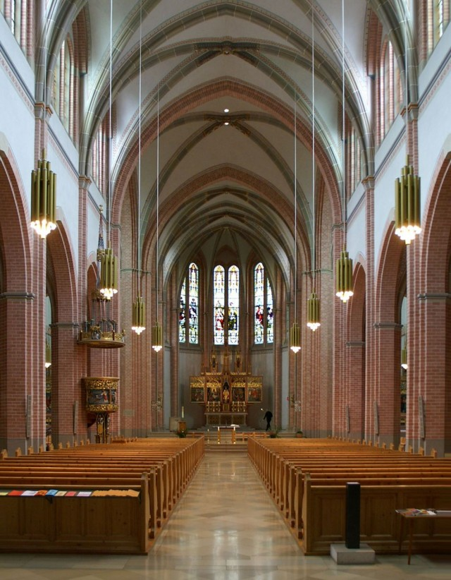 Интерьер церкви Святейшего Сердца