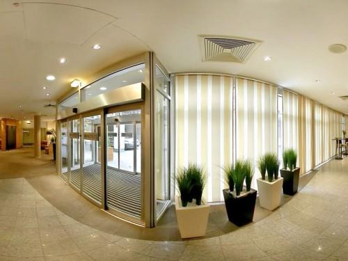 NH hotel на Mariahilfer Strasse 32-34
