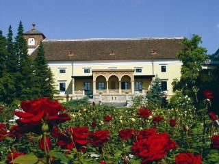 Отель «Замок Вайкерсдорф»: современная роскошь садов Возрождения