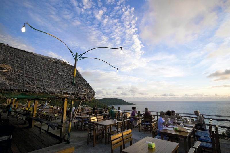 Золотой тайский пляж Ката Бич