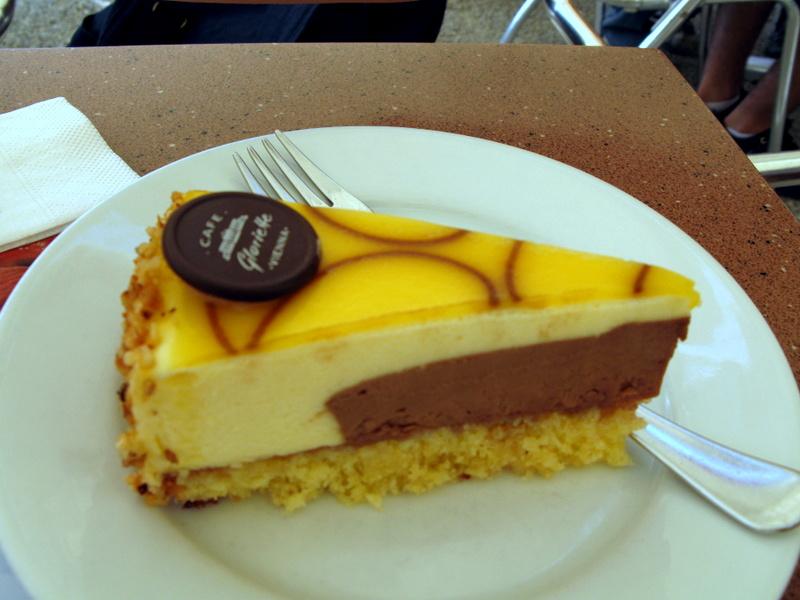В кафе Глориетта