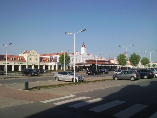 Парндорф (Parndorf)