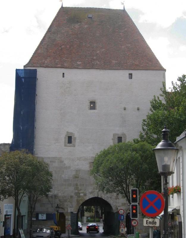 Хайнбург-на-Дунае (Hainburg an der Donau)