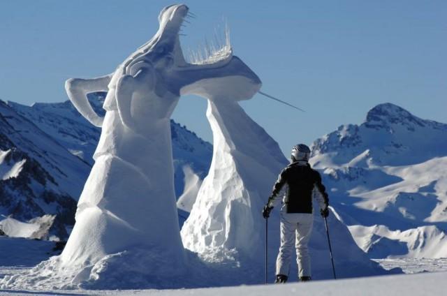 Фестиваль снежных скульптур Formen in Weiß
