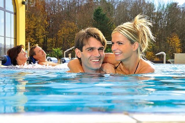 Купальня Therme Mediterrana c минеральными бассейнами, йодными ваннами, саунами, косметологическими и массажными кабинетами