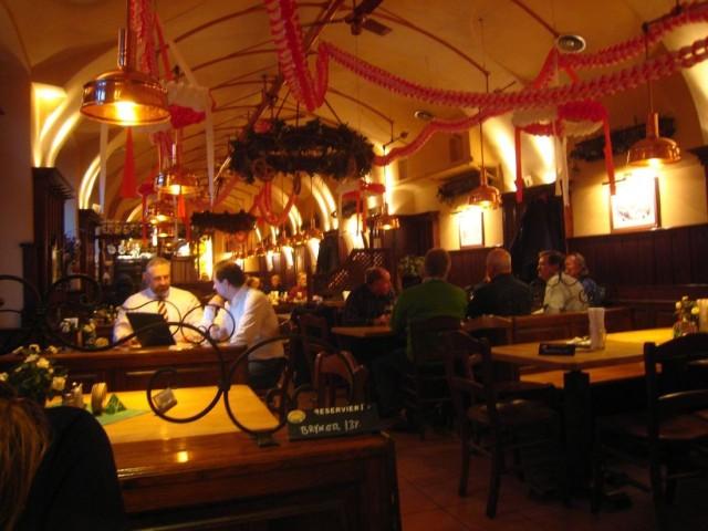 Пивоварня и ресторан «Сальм Брой» (Salm Bräu - Brauerei & Restaurant)
