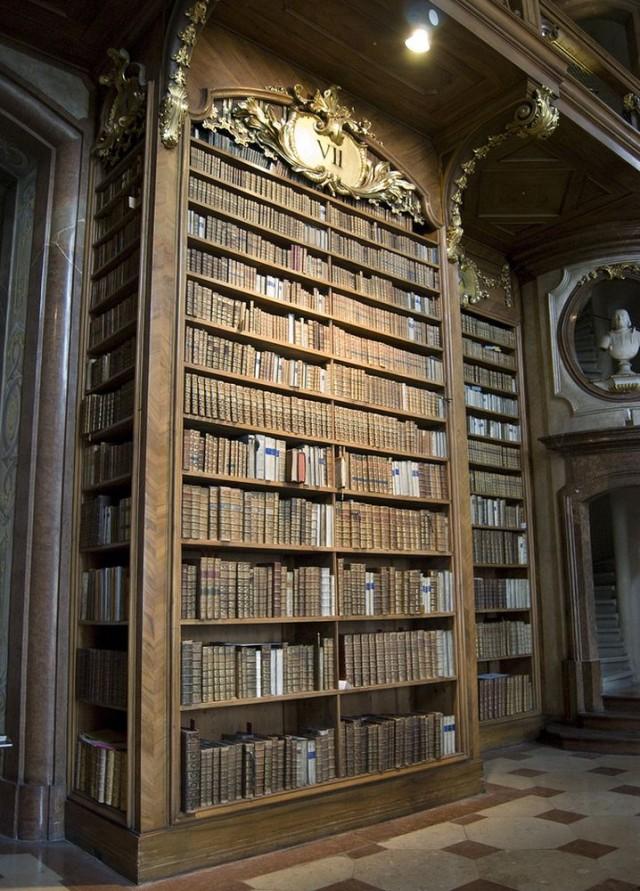 Национальной библиотеки  (Nationalbibliothek)