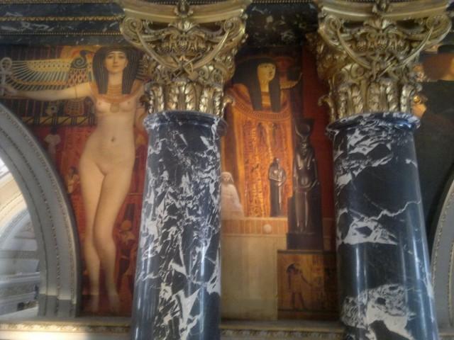 Климт. Аллегорические фигуры на сводах большой лестницы Музея истории искусств