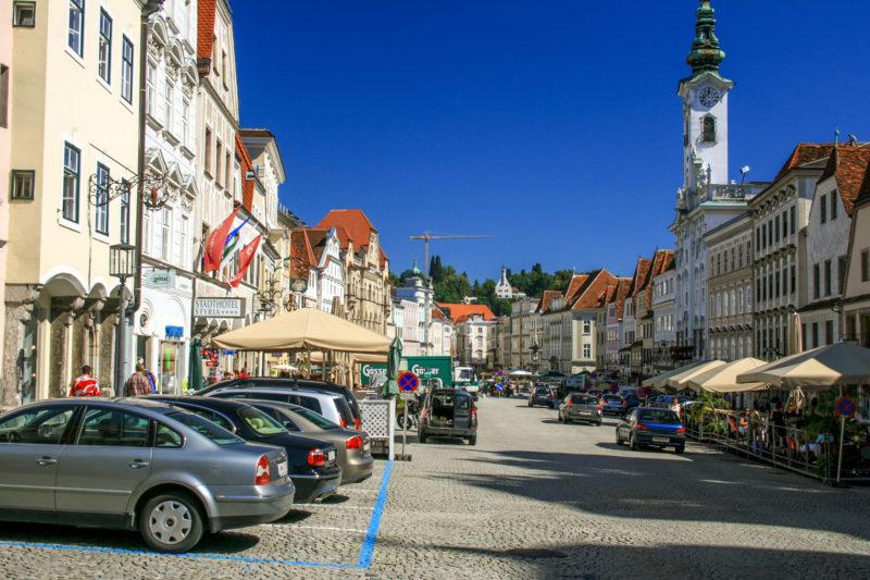 Площадь Stadtplatz в городе Штайер