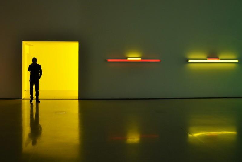 Световая инсталляция в MUMOK