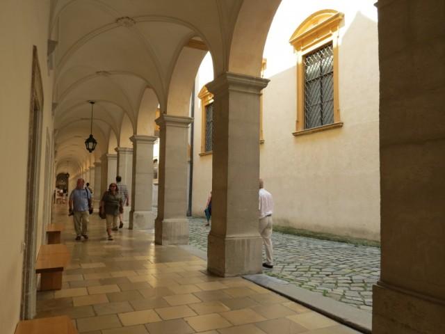 Мельк, галереи монастыря