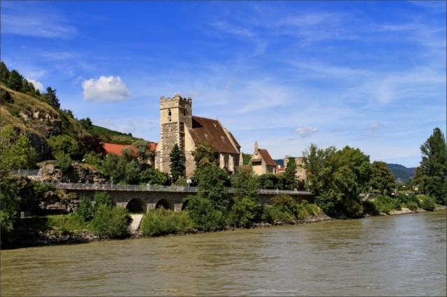 Колоритные деревушки вдоль Дуная