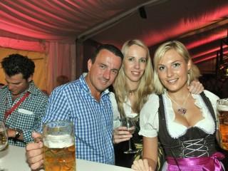 Фестиваль «Wiener Wiesn» — пива, закусок и музыки хватит на всех!
