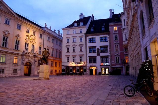 Еврейская площадь (Judenplatz)