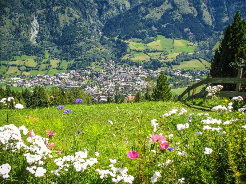 Город в долине
