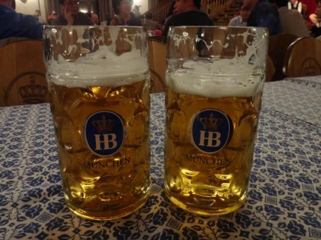 Пивная  Хофбройхаус (Hofbräuhaus)