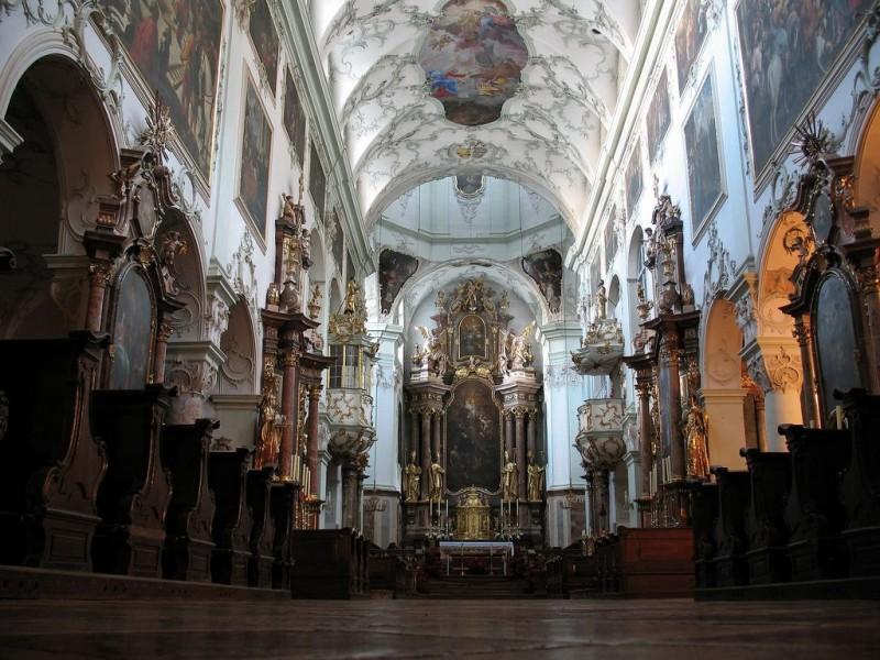 Собор Святого Петра (Stiftskirche Sankt Peter)
