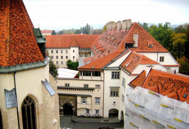 Грацкий замок (Grazer Burg)