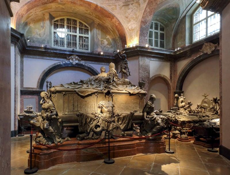 Двойной саркофаг Марии-Терезии и Франца I Стефана