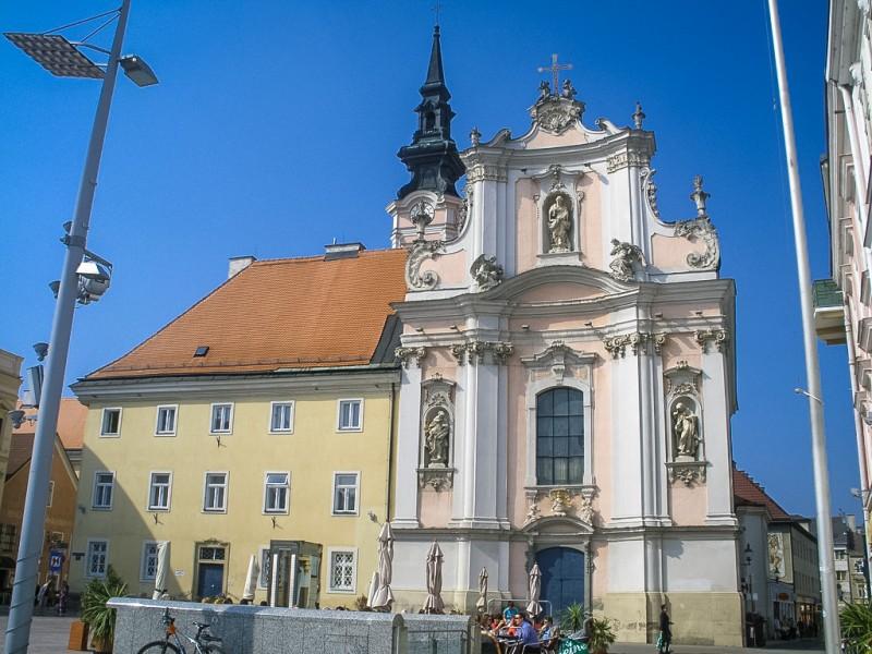 Францисканская церковь в Санкт-Пёльтен