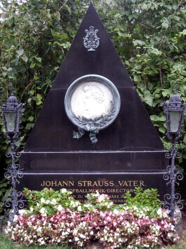 Могила Штрауса (отца) на Центральном кладбище