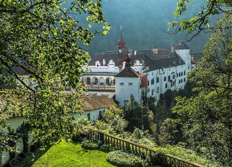 Замок Херберштайн (Schloss Herberstein)