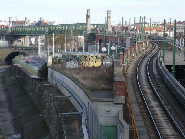 Моста через линию (Brücke über die Zeile)