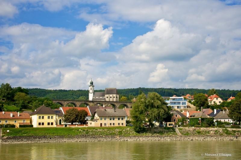 Вот уже город Emmersdorf
