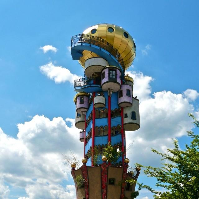 Башня в Абенсберге (Kuchlbauer-Turm, Abensberg) (Германия)
