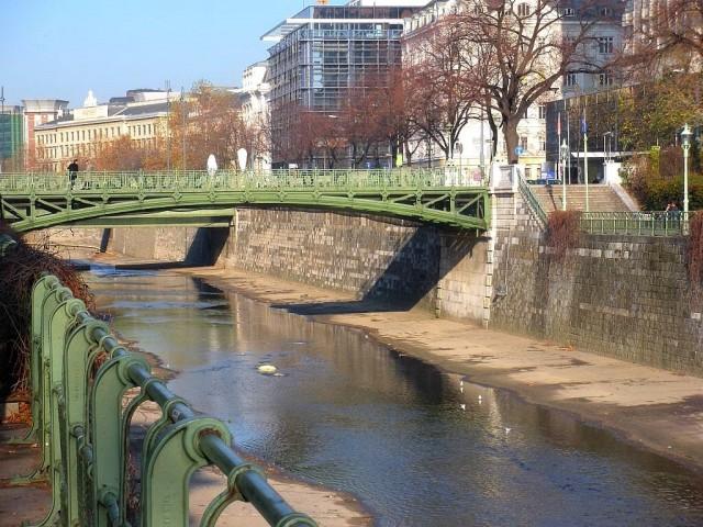 Малый Венгерский мост (Kleine Ungarbrücke)