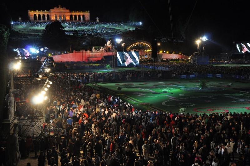 Парк Шёнбрунн. Ночной концерт Венского Филармонического Оркестра