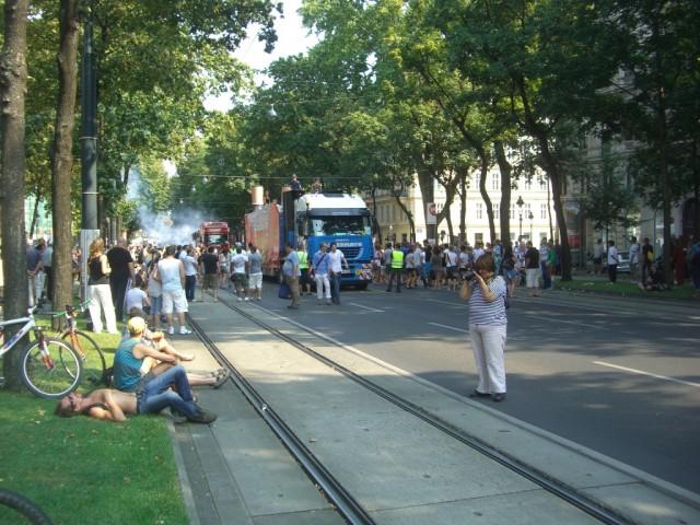 Вена,парад муз.групп
