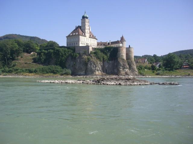 По Дунаю к Кремсу