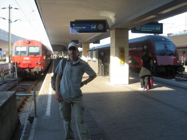 На перроне вокзала Westbahnhof