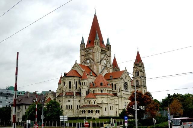 Церковь Святого Франциска Ассизского (Franz-von-Assisi-Kirche)
