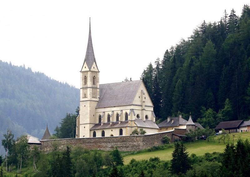Церковь Св. Леонарда (Kirche St. Leonhard)