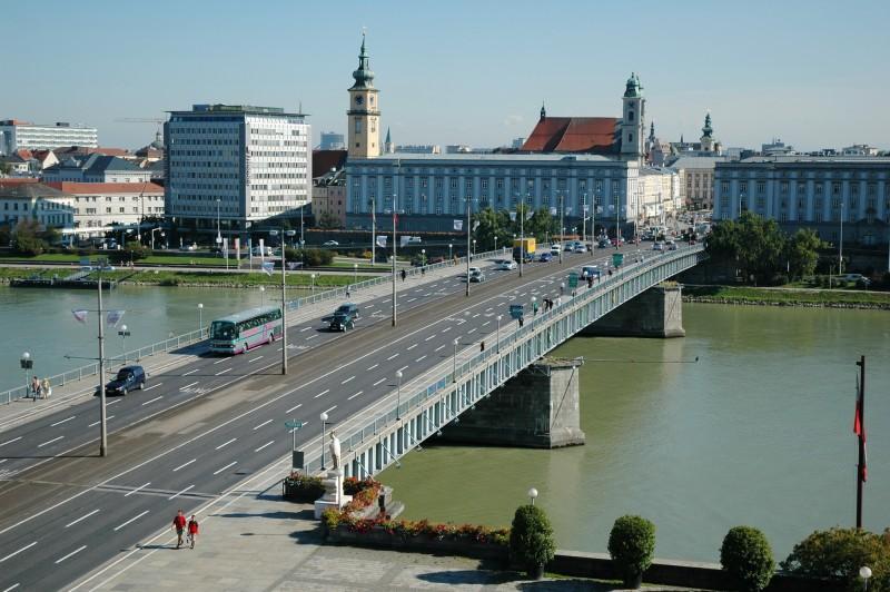 Мост Нибелунгов (Nibelungenbrücke)