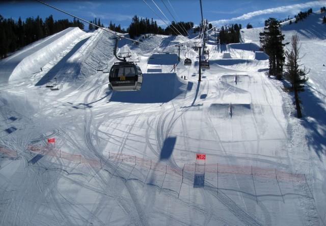 Маммот (Mammoth Mountain) - самый высокогорный лыжныйм курорт Калифорнии